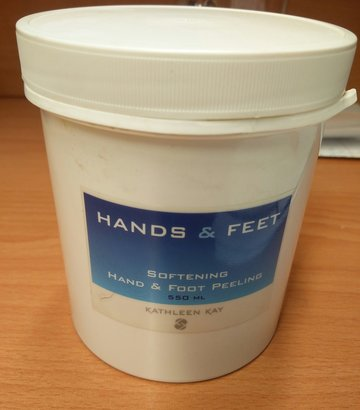 Peeling Softening Hands & Feet Peeling 550 ml